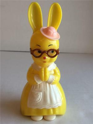 Vintage Knickerbocker Mrs Easter Bunny Rabbit Yellow Plastic Rattle with Glasses