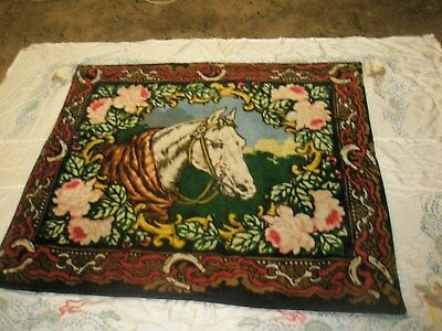 """Antique """"Chase"""" Horsehair """"Horse"""" Horse & Buggy Sleigh Lap Robe (Glass eyes)"""