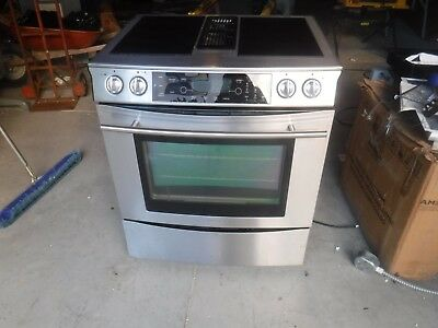 Jenn Air Downdraft Range Jes9750bas Stainless With Gl Cartridges And Grill Un