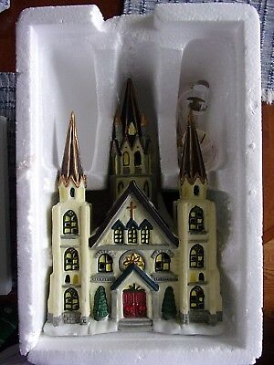 Dickens Collectables Victorian Series. 1998 Beautiful Church