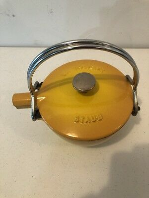 Staub LA THEIERE Cast Iron Quart Enameled Tea Pot Kettle Yellow
