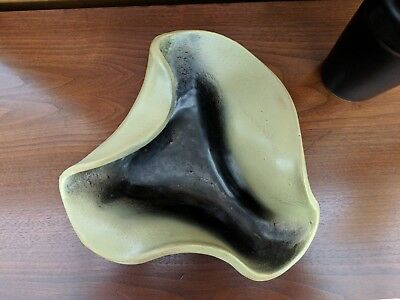 """Russel Wright Bauer """"Manta Ray"""" #11A bowl in yellow"""
