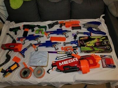 LOT OF 24 Nerf guns + 500 darts +Halo Weapon - 3 Lightsabers and accessories