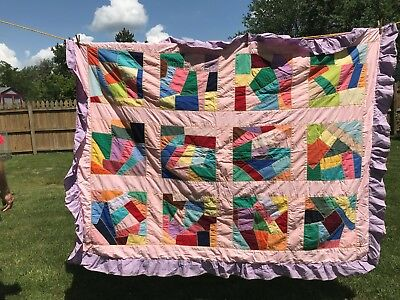 "Vintage Patchwork Quilt Handmade~Machine and Hand Sewn~Light Weight 80 "" x 63 """