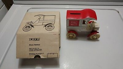 RARE Old Vintage 1905 Ford Coca Cola Classic Ertl Delivery Car Bank Advertising