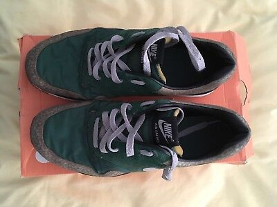 2a15856474b1 Nike Air Safari Vintage Size 7 Gorge Green Granite-Bamboo-Black