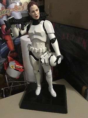 Gentle Giant Female Stormtrooper Statue Star Wars Used RARE