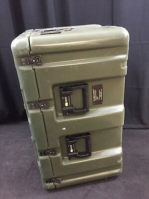 """HARDIGG/PELICAN Wheeled Case Medical Chest No. 7 33x21x19"""" Pressure Relief"""