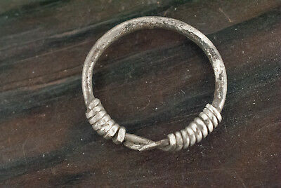 """Ancient Viking 8th-9th AD Silver Twisted Ring with """"Knot"""" Bezel"""