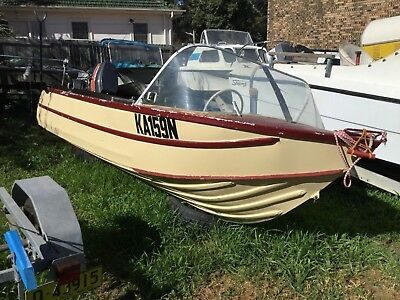 13FT Clark tinny with 35 hp Marina selling cheap. first to see will buy.