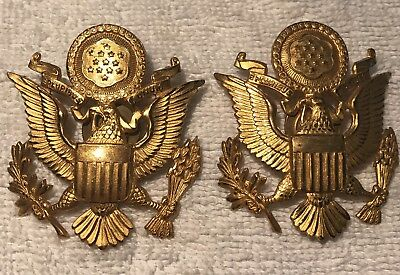 Lot of 2 WW2 US Army Visor Cap Pin Badge Gold Tone Metal Army Officer  Hat Eagle