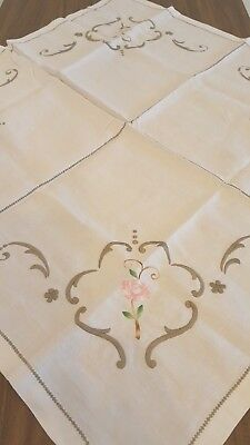 """Vintage Embroidered Table Linen Tablecloth Floral Square 30 x 30 """""""