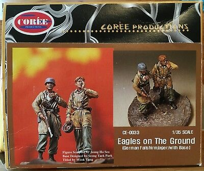 """CORÈE 1/35 """"EAGLES AT THE GROUND"""" German Paratroopers"""