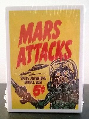 Mars Attacks Space Adventure Bubble trading cards, reprint, Renata Galasso, 1984