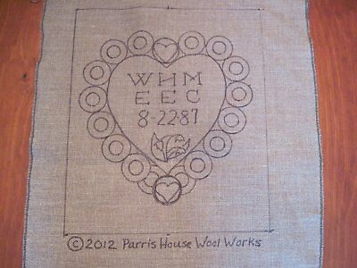 "15"" x 18"" Linen Hooked Rug Pattern - Customized ""Penny Rug Anniversary Heart"""