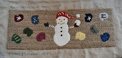 """36.5"""" x 13.25"""" Linen Hooked Rug Pattern - """"Merry Mittens"""" *PATTERN ONLY*"""
