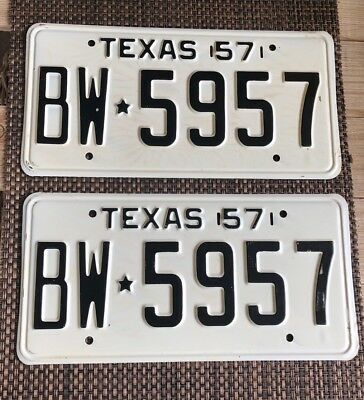 1957 Texas License Passenger Plate Set-Pair Nos With Paper Insert Bw5957