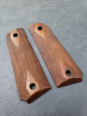 Original wood diamond grips for WW1 Colt's M1911 pistol
