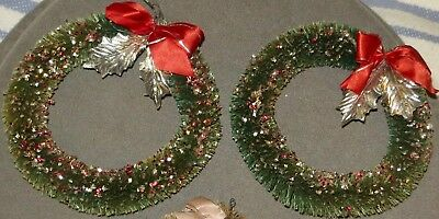 Vtg 2 Green Bottle Brush Wreaths*Red Bows*Silver Leaves*Multi Colored Glitter