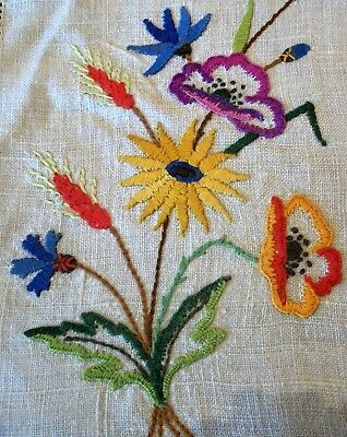 Lovely Centrepiece Doily Vintage Hand Embroidered English Wild Flowers