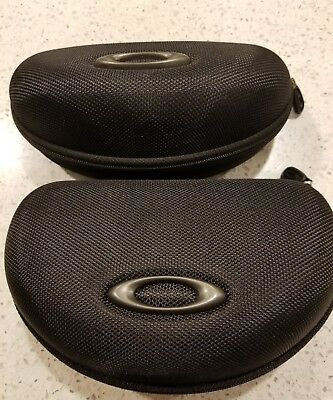 Oakley Black Jacket Sport Vault Zipper Sunglass Case Lot of 2 Large and Small