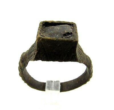 Authentic Late Medieval Tudor Bronze Ring W/ Stone In Bezel - Wearable - E751
