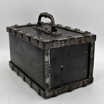 French small studded Safe Strongbox - 19th century