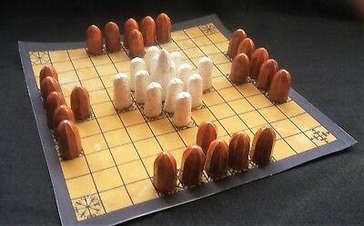 Hnefatafl - Ancient Celtic Chess-Like Game With Isle Of Lewis Men (862)