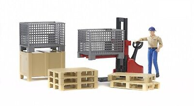 Bruder - Logistics Set with Figure 62200