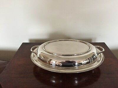 Lovely Silver Plated Oval Shaped Two Handled Lidded Entree Dish  ( Sped 61Q)