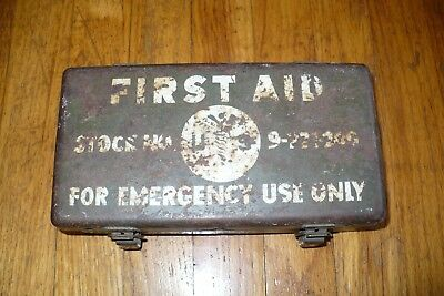 Vintage military First Aid Kit Stock No. 9-221-200 1952 Korean War with contents
