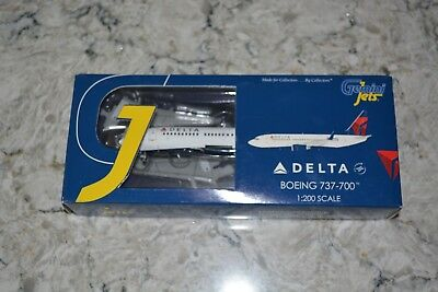 Gemini Jets 1:200 Delta Airlines Boeing 737-700, High Detailed Resin Cast, NIB