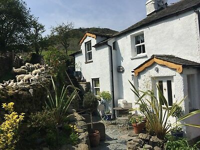 Self Catering Cumbrian Holiday Cottage/In TheLake District,LOG BURNER,WiFi,skyTV
