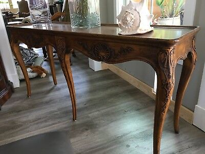 Henredon French Provincial Console Sofa Table / Altar Table