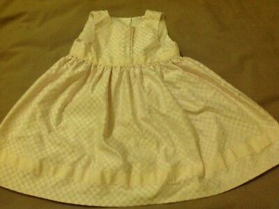 Baby Girls Beautiful Pale Pink Spotty Dress Size 6-9 Months