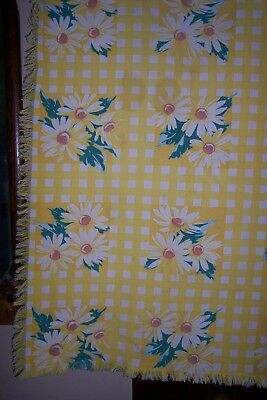 Vintage Wilendur  Floral Tablecloth Yellow  Check Shasta Daisies Fringed 35 X 33