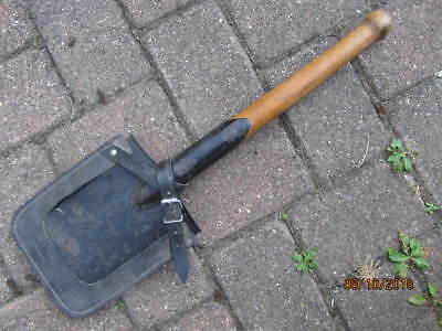 Pre or post WWII German Army shovel and harness
