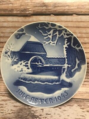 B&G Bing & Grondahl Christmas Plate 1945 The Old Water Mill Denmark Blue
