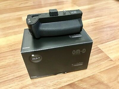 5% Discount Inside Mint Condition. Olympus HLD-7 Vertical Battery Grip For E-M1