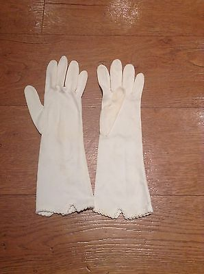 Vintage Ladies Cream Coloured Gloves, For Small Hands