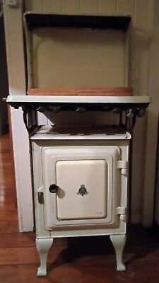 Crown And Foundry No 4 Stove/oven Cast Iron Vintage
