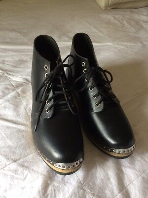 CLOGS Traditional Wooden Studded Morris Shoes Sz 6 Leather Fits Sz 7 Black