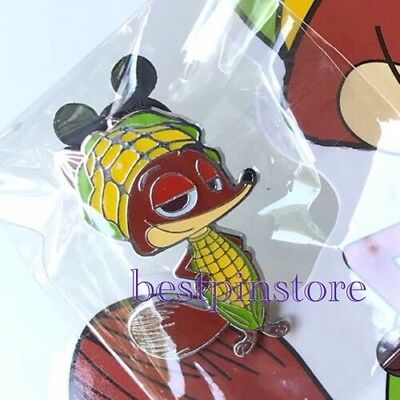 Hong Kong Disney pin HKDL Karibuni Marketplace Game Pin Zootopia Nick Wilde