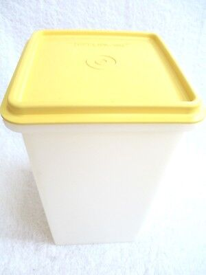 Vintage Tupperware Saltine Cracker Container Keeper sheer GUC  molds 1314 & 1315