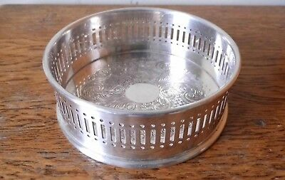 SUPERB VINTAGE Arthur Price SHEFFIELD ORNATE SILVER PLATED CIRCULAR GALLERY TRAY
