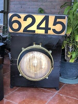 Railroad Locomotive Headlight and Number Sign - FAST SHIPPING