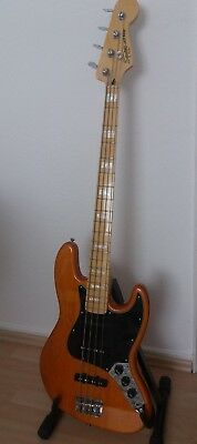 Squier by Fender Jayy Bass Vintage Modified 77