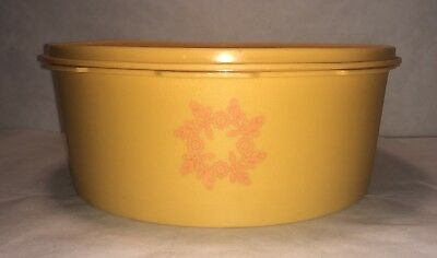Vintage Tupperware Stackable Nesting Canister Golden Yellow 1204-7 with Lid