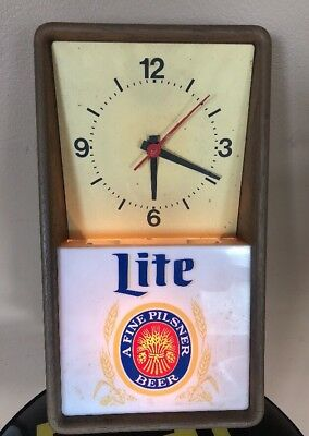 "Vintage 15"" Miller Lite Lighted Beer Sign Wall Clock 1980 WORKS Bar Advertising"