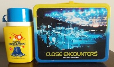 1978  Vintage Close Encounters Of The Third Kind Lunchbox & Themros  Exc Plus